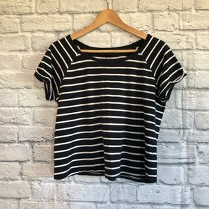 3/$30🦋 TOPSHOP PETITE Striped Crop T-Shirt